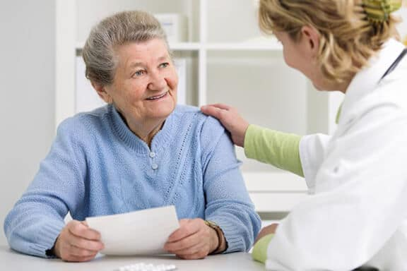 Older Cancer Patients Need To Disclose Any Alternative Drugs